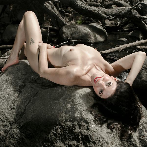 shirie black g string topless 3 clr.jpg