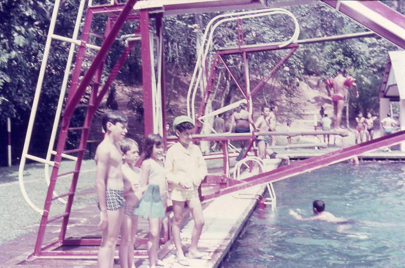 piscina Dundox.jpg