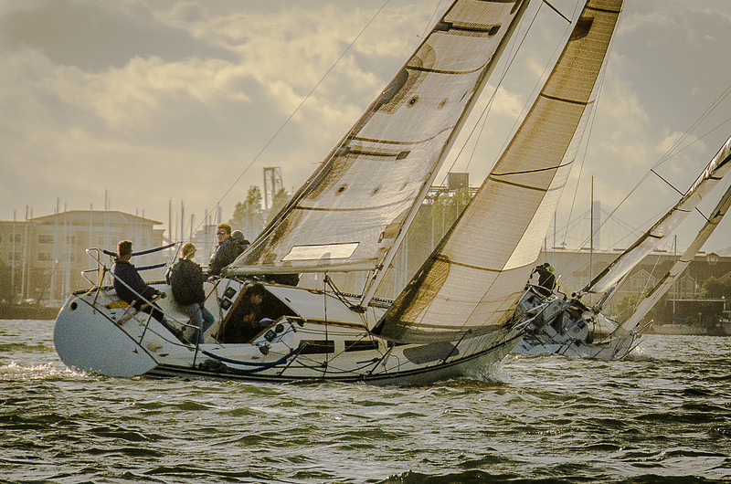San Francisco Bay Sailing - Racing