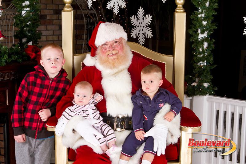 Santa Dec 8-244.jpg