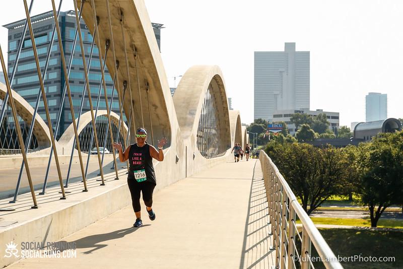 Fort Worth-Social Running_917-0538.jpg