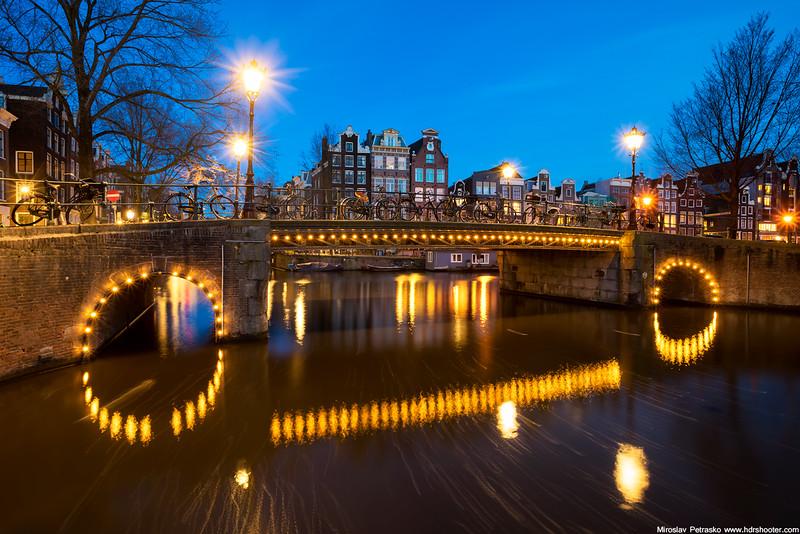 Amsterdam_DSC7375-web.jpg