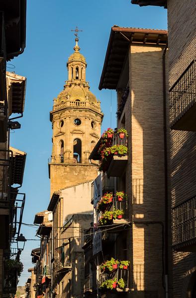 Church of Santiago, Puente La Reina