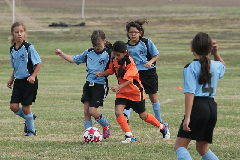 Soccer2011-09-10 09-39-14.JPG