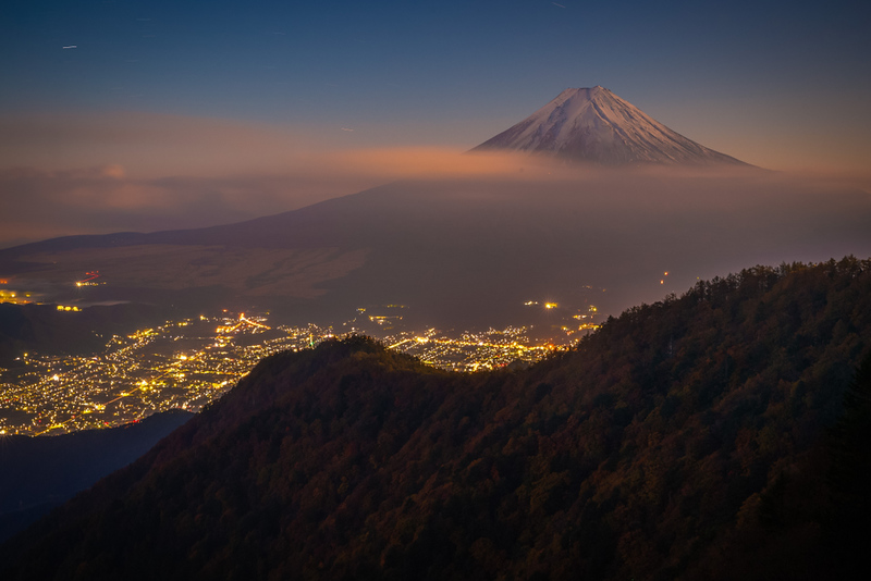 Mt Fuji viewed from Mitsutoge viewpoint. Editorial credit: Sakarin Sawasdinaka / Shutterstock.com