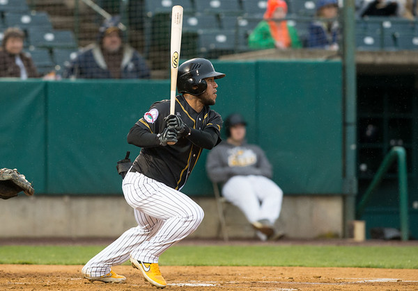05/03/19 Wesley Bunnell | Staff The New Britain Bees home opener vs the Somerset Patriots on Friday night at New Britain Stadium. Leadoff hitter Alexi Amarista (2).