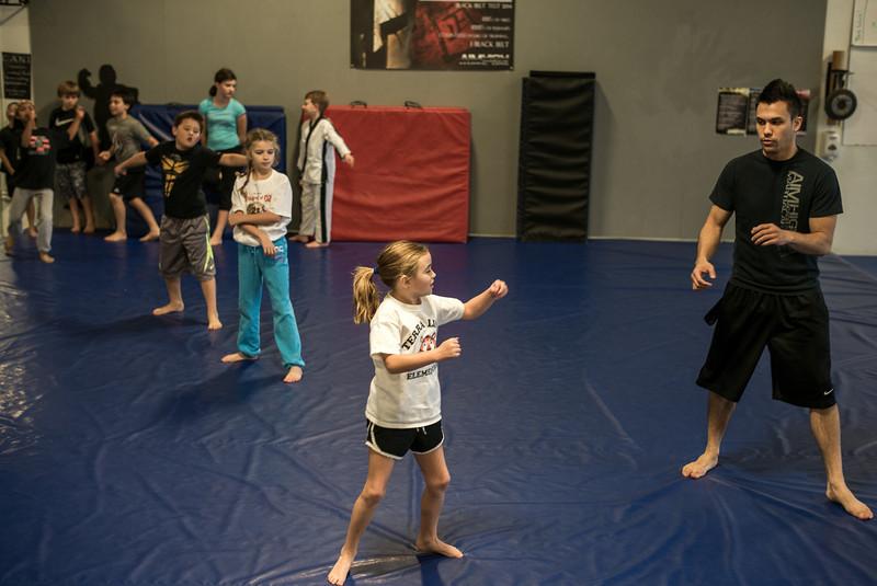 2013-11-17-Sophie-Karate