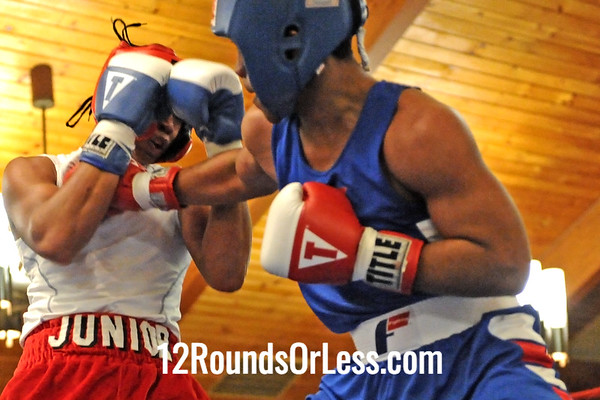 Bout #8: Dajuan Roseberry, Cleveland -vs- Brian McElrath, Akron, 150 lbs