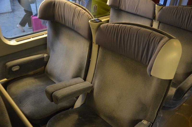 DSC_1226-tgv-1st-class-seats.JPG