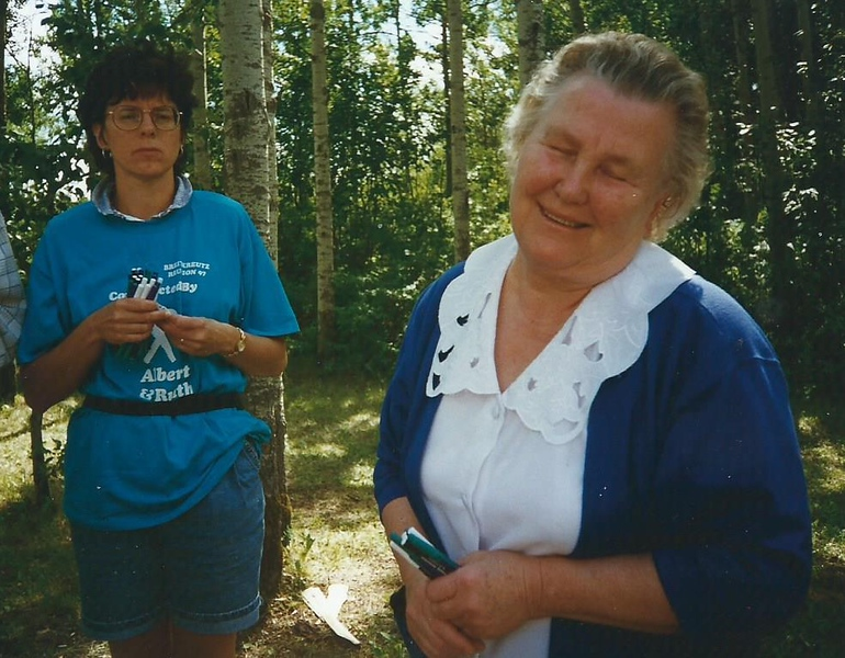 Mom B and Irma B 1997 Breitkreutz Reunion.jpg