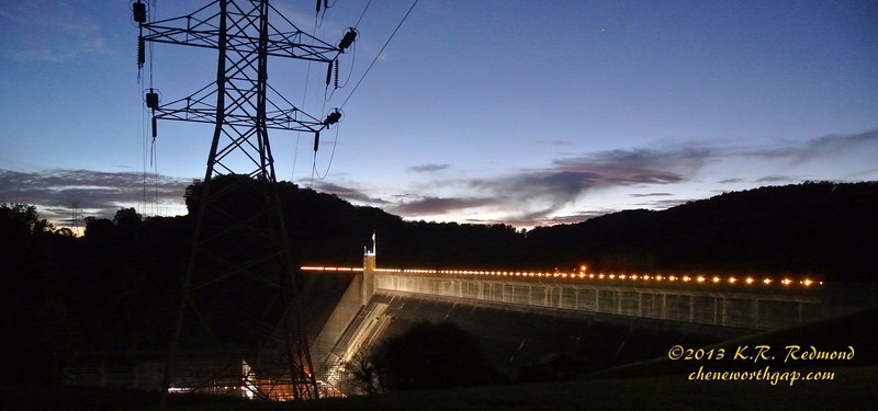 Norris Dam in Twilight_10237589335_o.jpg