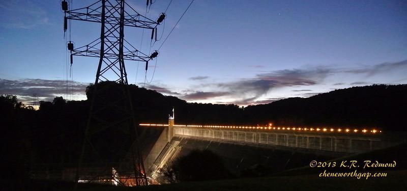 Norris Dam in Twilight_10237589335_o.jpg