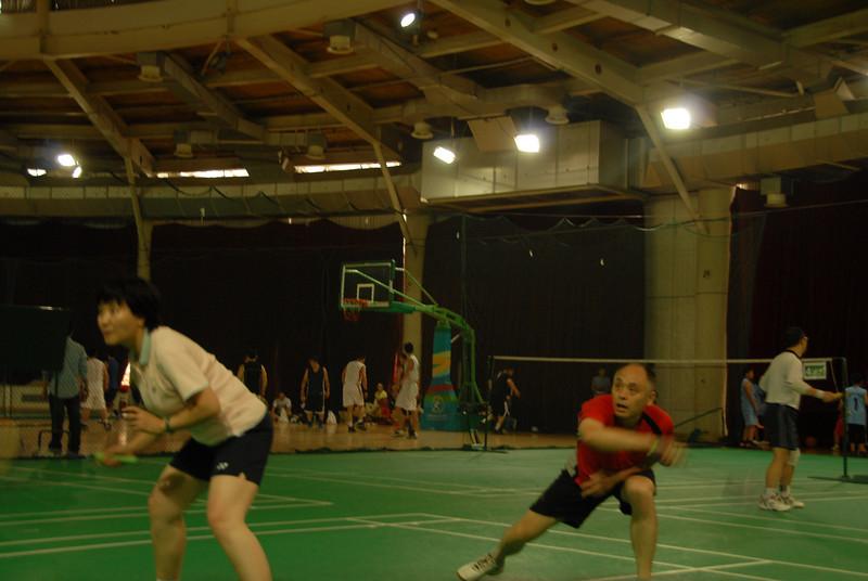 [20100918] Badminton PK with Hou Jiachang (20).JPG