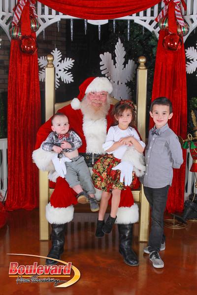 Santa 12-10-16-125.jpg