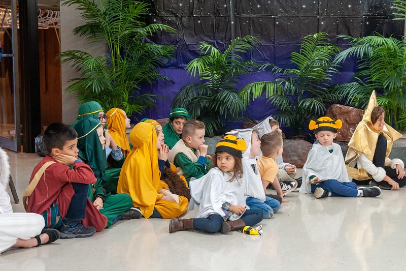 20191209 Faith Children Advent Family Gathering-7992.jpg
