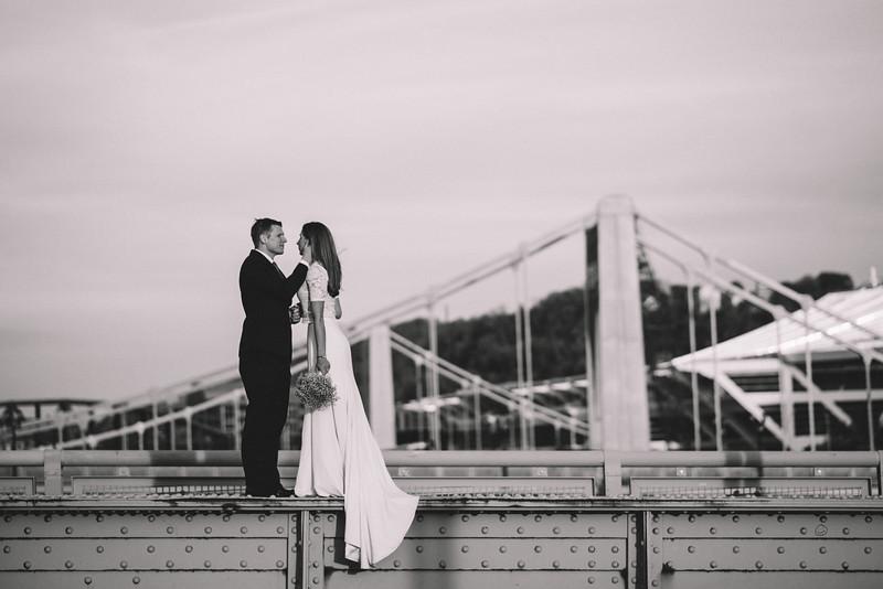 Pittsburgh Elopement Photographer - Monaco Bridge Downtown - Hadley-290.jpg