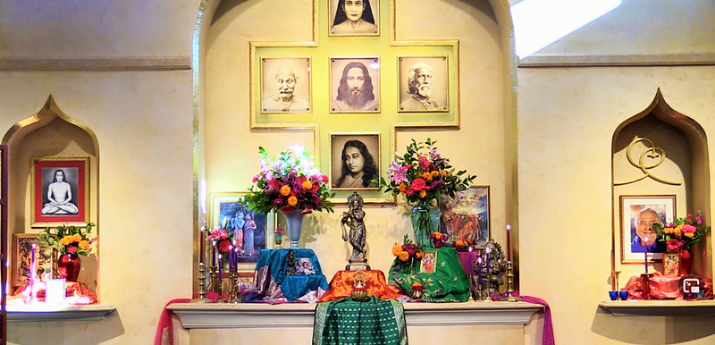 altar005.jpg