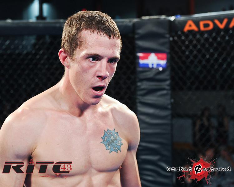 RITC43 B05 - TJ Penner def Brendan Blacquier_combatcaptured-0030.jpg