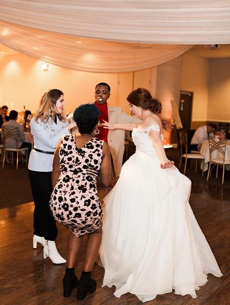 Alexandria Vail Photography Wedgewood Fresno Wedding Alexis   Dezmen856.jpg