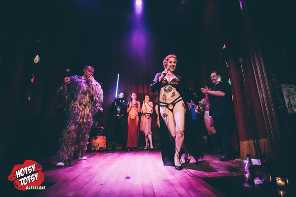 A Hotsy Totsy Burlesque tribute to Star Wars-Summer