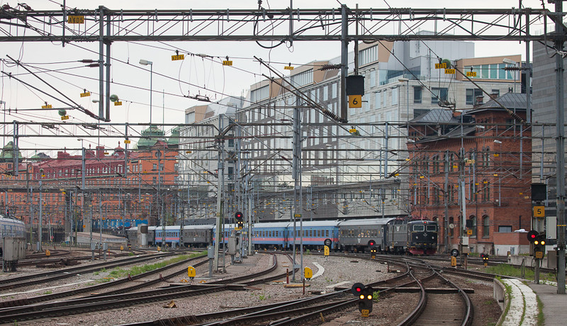 Rc6-sandwich leaving Stockholm Central westbound.