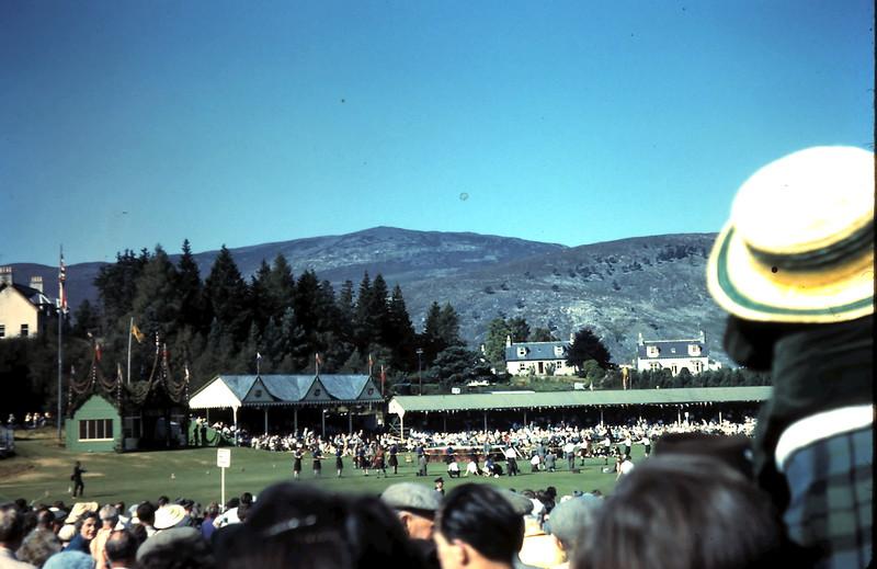 1959-9-10 (22) Highland gathering @ Brmear, Scotland.JPG
