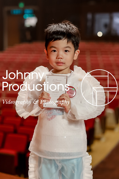 0041_day 1_award_red show 2019_johnnyproductions.jpg