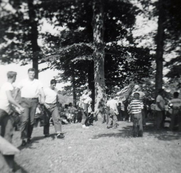 FRIBERGER PARK FIELD DAY 1948 004.jpg