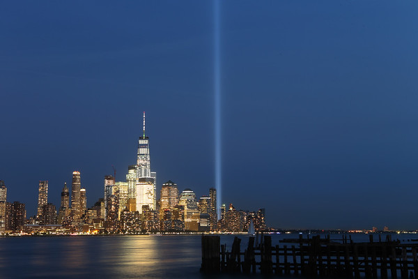 Tribute in Light 170911