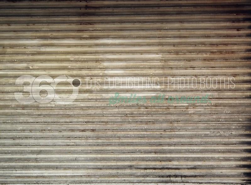 Corrugated Door_batch_batch.jpg