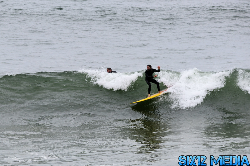 Gladstones Surf-04.jpg