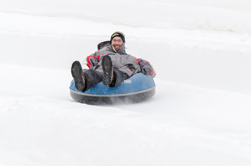Opening-Day-Tubing-2014_Snow-Trails-71038.jpg