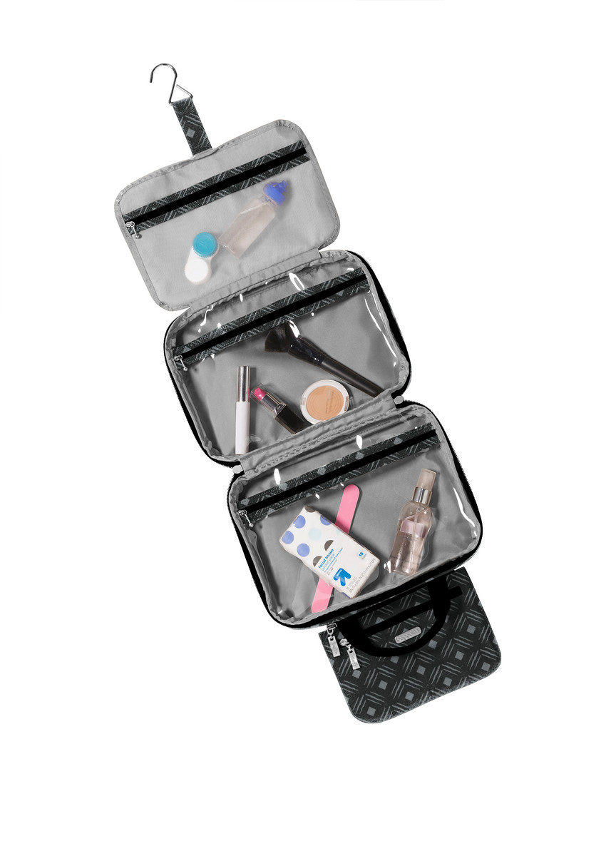 A look inside the Deluxe Travel Cosmetic Case from Baggallini.