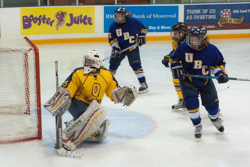 20130310 QWHockeyvsUBC 203.jpg