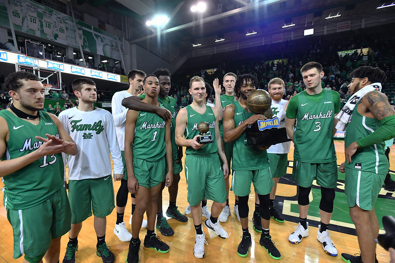 trophy presentation1222.jpg
