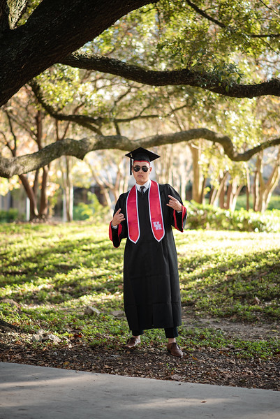 Alvin_College_Graduation_Photoshoot_2019-13.jpg