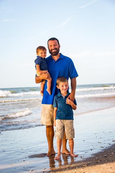 Family beach photos-92.jpg