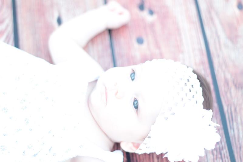 Evie-3 months (31).JPG