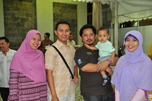 2010 Agustus Saung Istiqamah
