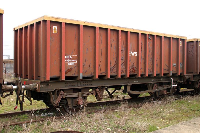 MEA 391583 at Harwich Parkeston Quay 07/04/12