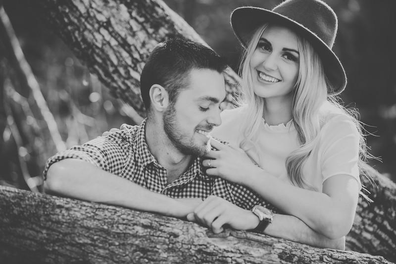 Engagement-052bw.jpg