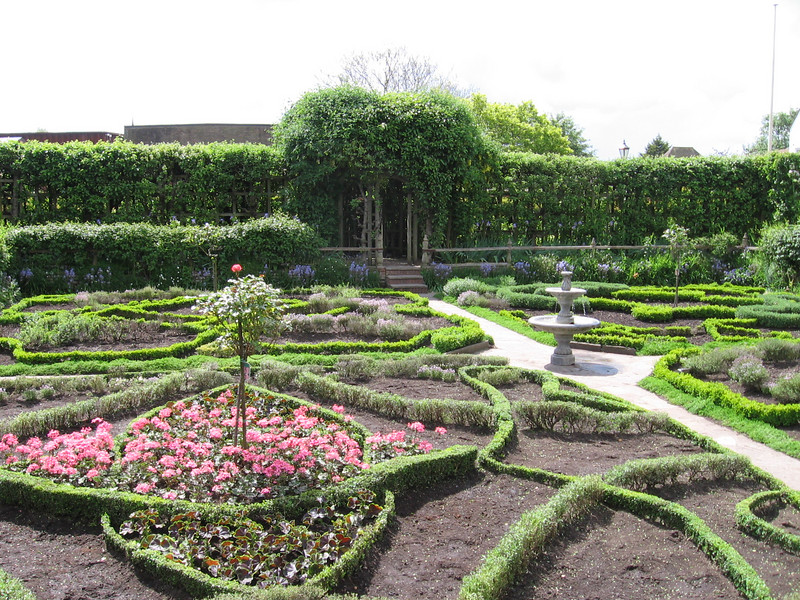 Garden, Nash House, Stratford-on-Avon