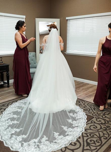 Alexandria Vail Photography Wedgewood Fresno Wedding Alexis   Dezmen312.jpg