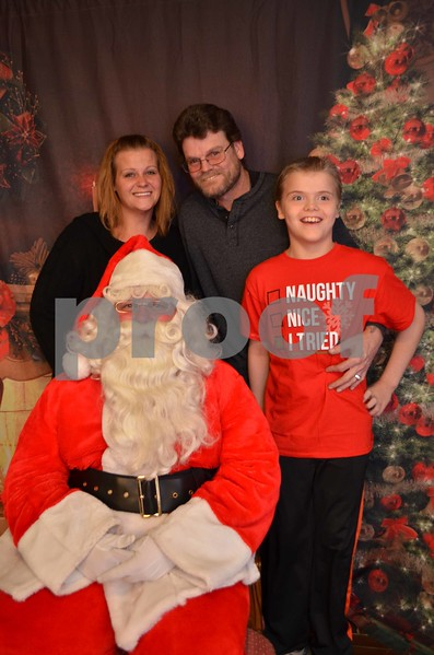 Rachael's Family Christmas Pics.