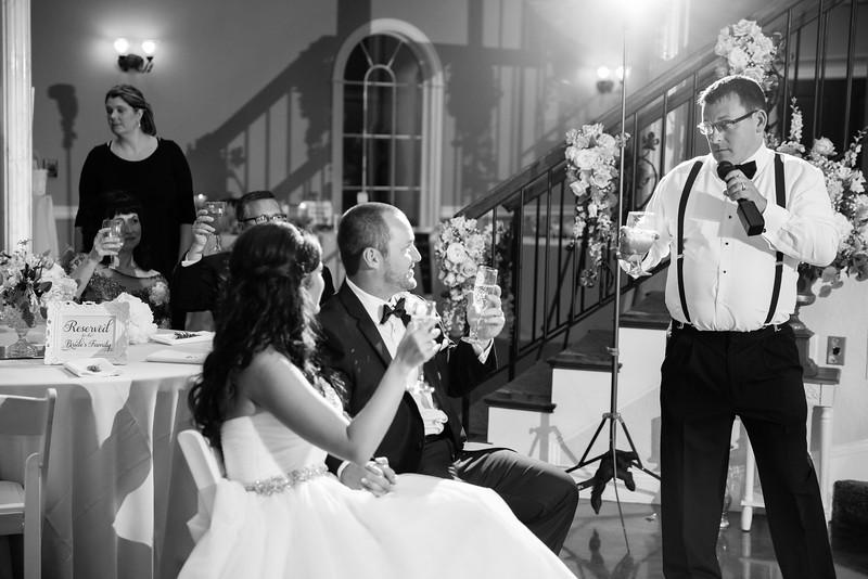 0953_Josh+Lindsey_WeddingBW.jpg