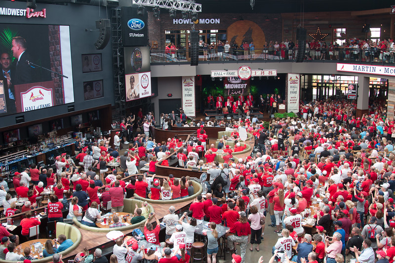 Cardinals Hall of Fame Induction ceremony 2017, Ballpark Village, St. Louis, Aug 26, 2017.