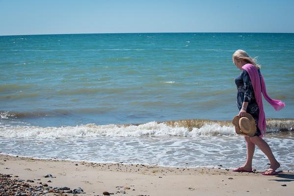 Janine Lowe Beach-135.jpg