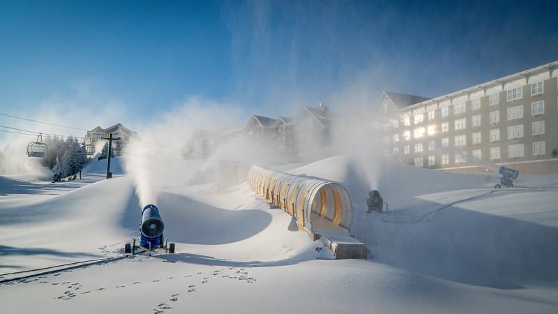 Snowmaking 1920-04804.jpg
