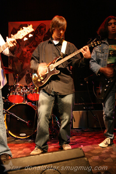 Paden Mullins Guitar at the 8 by 10 baltimore 2007 030.JPG
