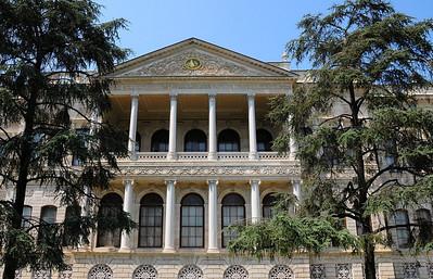 THE DOLMABAHÇE PALACE